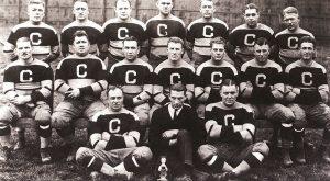 Die Canton Bulldogs, NFL Champion 1923. Autor unbekannt. Gemeinfrei