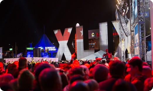 Party beim Super Bowl XLIX. Photo: Super Bowl 50. CC BY 2.0